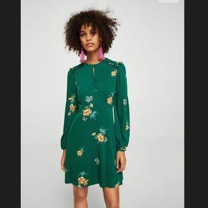 Green Long Sleeves Floral Dress